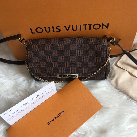 c971056535e9 Louis Vuitton Handbags - LV Favorite